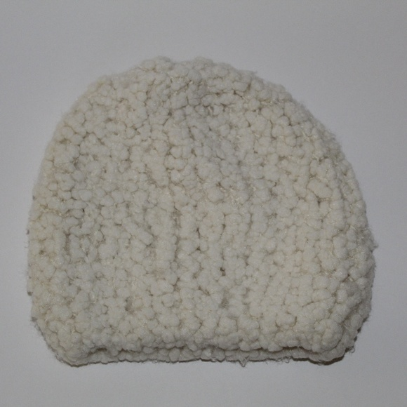 e5d471e187 SONOMA POPCORN WINTER COLD WEATHER HAT/BEANIE! Boutique